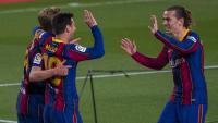 Messi, De Jong i Griezmann ahir al Camp Nou celebrant un gol