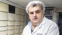 Antoni Torres, portaveu dels farmacèutics de Catalunya, al seu establiment de l'Eixample barceloní