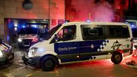 Furgoneta vandalitzada , durant la protesta a Barcelona per l'empresonament de Hasél, el febrer passat