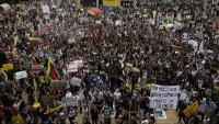 Manifestació contra el govern colombià i la violència de les forces de seguretat, dimecres a Medellín