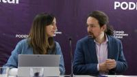 El líder de Podem i vicepresident del govern espanyol, Pablo Iglesias, amb la diputada i secretària d'Estat Ione Belarra, al Consell Ciutadà Estatal, el 17 de gener