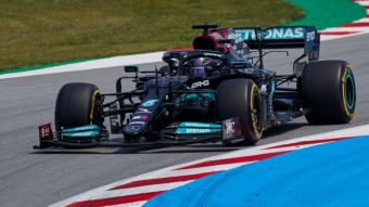 Hamilton, en la segona sessió d'entrenaments al circuit Barcelona-Catalunya