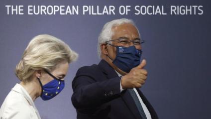 Von der Leyen i Costa, primer ministre portuguès, a la cimera social d'ahir a Porto
