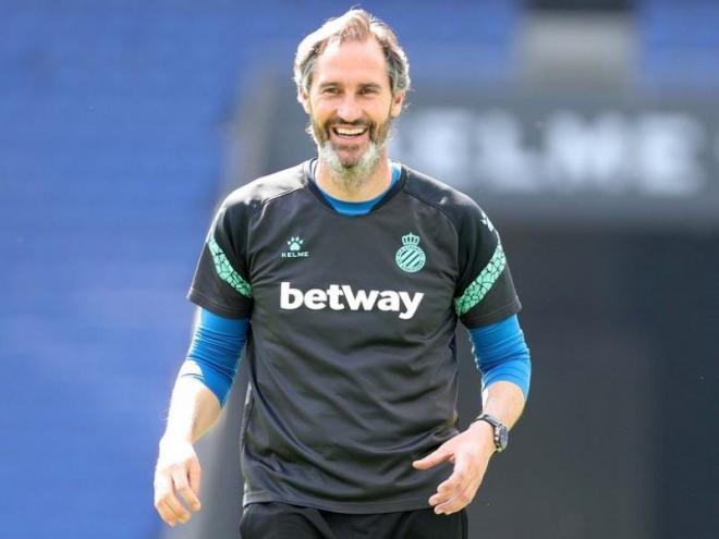 Vicente Moreno espera que demà el seu equip torni a ser de Primera divisió.