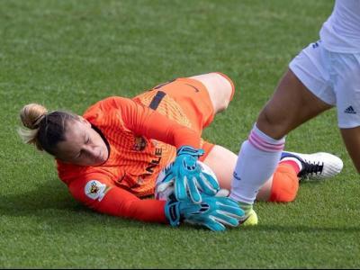 Sandra Paños, en un partit de lliga d'aquesta temporada contra el Real Madrid
