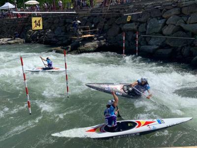 Núria Vilarrubla, Klara Olazabal i Miren Lazkano, setenes en la final de C1 per equips