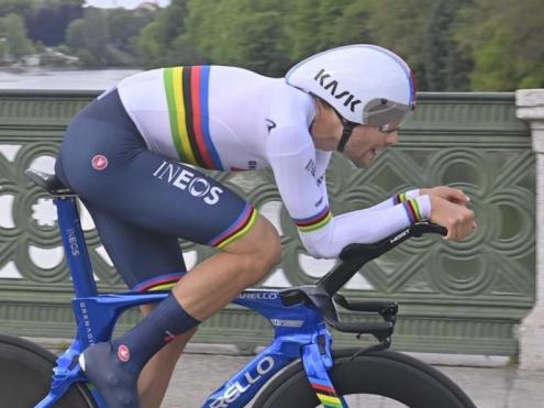 Filippo Ganna en un moment de la contrarellotge