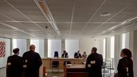 Advocats de la Comissió Europea i la farmacèutica AstraZeneca, a la sala de judicis ahir a Brussel·les