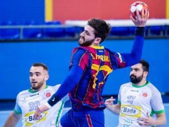 Ludovic Fàbregas en una acció del partit contra el Bada Osca