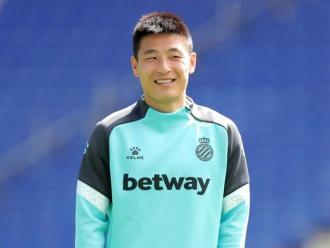 Wu Lei ha posat deures a l'equip: aconseguir el títol de lliga.