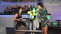 Clientes a la discoteca Totem l'estiu del 2020 en un local habilitat com a bar