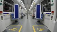 Els nous trens tindran quatre espais per allotjar passatgers amb cadira de rodes, dos a cada extrem del comboi