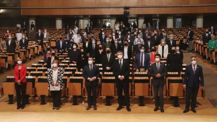 Representants de la URV, Repsol, Enagás, el Port de Tarragona i l'AEQT, presentant ahir el projecte Vall de l'Hidrogen