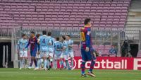 Els jugadors del Celta celebren el primer gol de Santi Mina