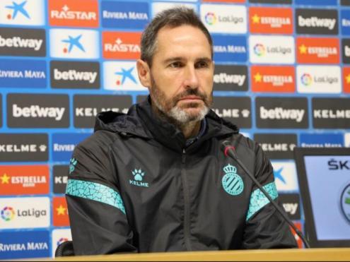 Vicente Moreno en la roda de premsa que ha fet aquest matí a la Ciutat Esportiva Dani Jarque.