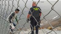 6.000 persones travessen la frontera entre el Marroc i Ceuta en un dia, uns 1.500 menors d'edat