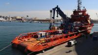 El vaixell Clara Campoamor de Salvament Marítim atracat al Port de Barcelona