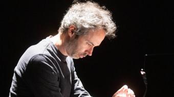 James Rhodes, en un concert a l'Auditori de Girona, el febrer del 2020, poc abans de fer, a Toronto, l'últim concert fins al de demà a Pedralbes. El pianista londinenc també actuarà, al juliol, al Festival Istiu de Castelló d'Empúries