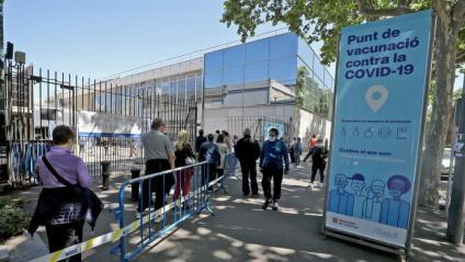 Cues per a vacunar-se a Fira de Barcelona