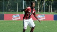 Seid Visin , el jove exfutbolista juvenil de clubs de la lliga italiana