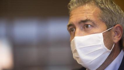 González-Cambray, durant l'entrevista al seu despatx