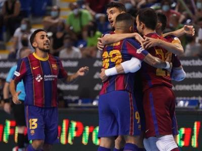Els blaugrana celebrant un dels gols