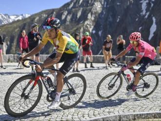 Richard Carapaz durant l'última etapa de la volta a Suïssa