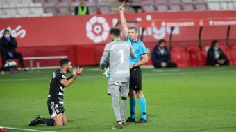 Iglesias Villanueva va expulsar a dos jugadors del Cartagena en el partit disputat a Montilivi