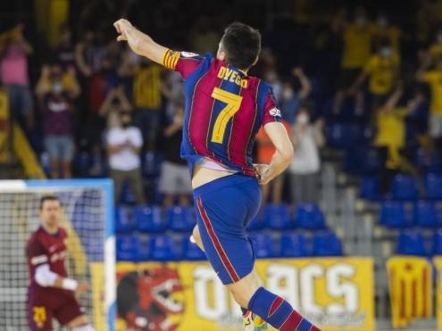 Dyego celebra el gol amb què es va iniciar la remuntada del Barça