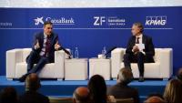 Pedro Sánchez i Javier Faus, ahir en la cloenda de les jornades del Cercle d'Economia