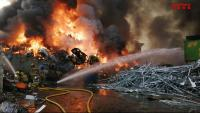 Incendi d'una planta de recuperació de ferralla a Castellbisbal