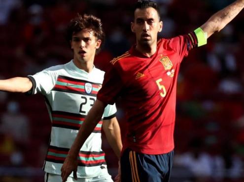 Sergio Busquets, en el partit de preparació contra Portugal