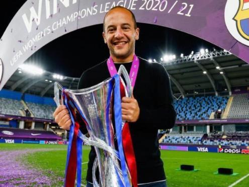 Lluís Cortés, feliç després de guanyar la Champions