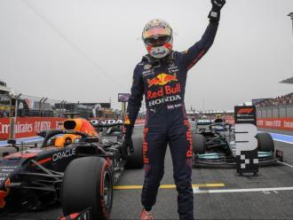 Max Verstappen,  en la seva línia