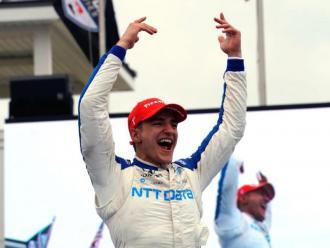 Àlex Palou celebra la victòria en el Road America