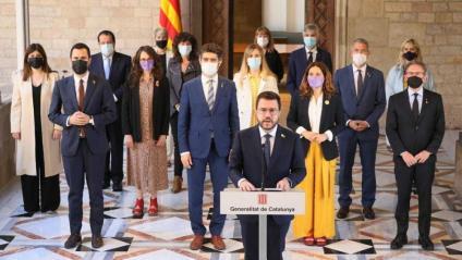 El president de la Generalitat, Pere Aragonès, fa la declaració institucional acompanyat dels seus consellers