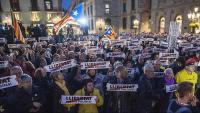 Una concentració per reclamar l'alliberament dels presos polítics, celebrada a la plaça Sant Jaume de Barcelona