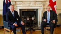 Johnson, amb el primer ministre d'Austràlia, amb la qual Londres ha firmat el primer gran acord comercial després del 'Brexit'