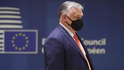 Orbán, primer ministre d'Hongria, en l'inici ahir de la cimera europea, a Brussel·les