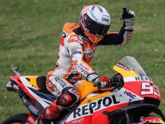 Marc Márquez celebra la victòria en el GP d'Alemanya