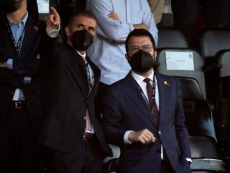 Delfí Geli i el president de la Generalitat, Pere Aragonès, a la llotja de Montilivi, diumenge contra el Rayo