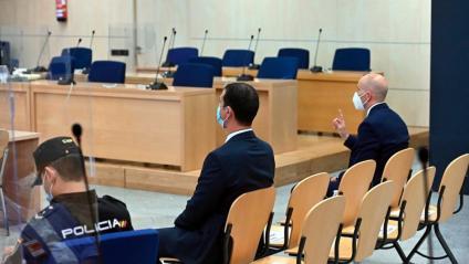 Els dos mossos d'Esquadra durant el judici a l'Audiencia Nacional, el 6 de juliol