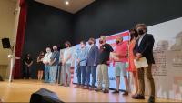 Puigdemont (el segon per l'esquerra), amb altres càrrecs del Consell, en l'acte d'ahir