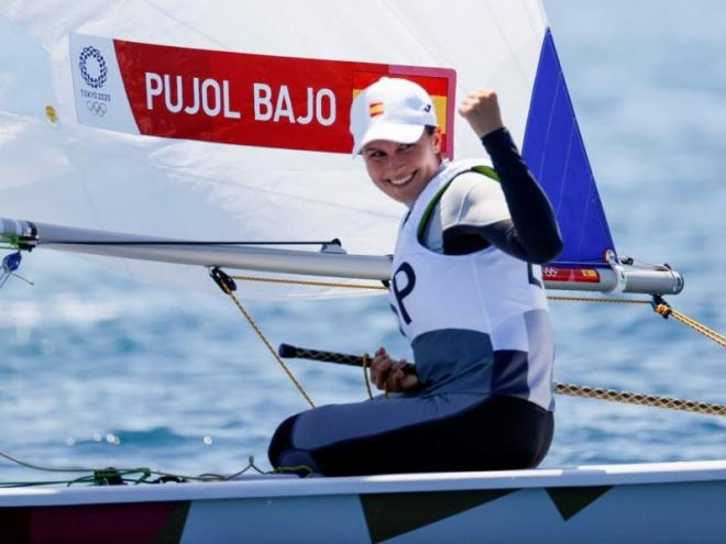 Cristina Pujol, celebrant el triomf.