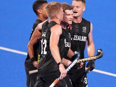 Nova Zelanda, celebrant el gol del triomf