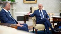 Biden, amb el primer ministre iraquià, Mustafa al-Kadhimi, ahir al Despatx Oval