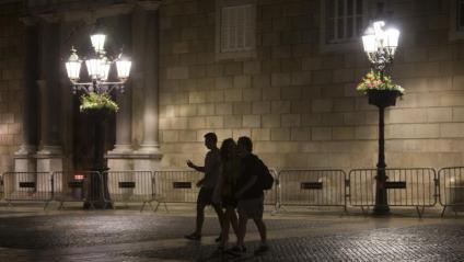 Tres persones el primer dia de toc de queda a Barcelona