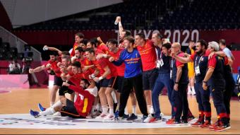 La selecció estatal celebra la classificació per a la semifinal