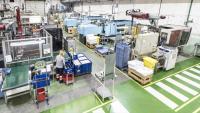 Interior d'una empresa fabricant de components de plàstic