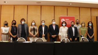 Diferents representants a la roda de premsa de l'AMAC